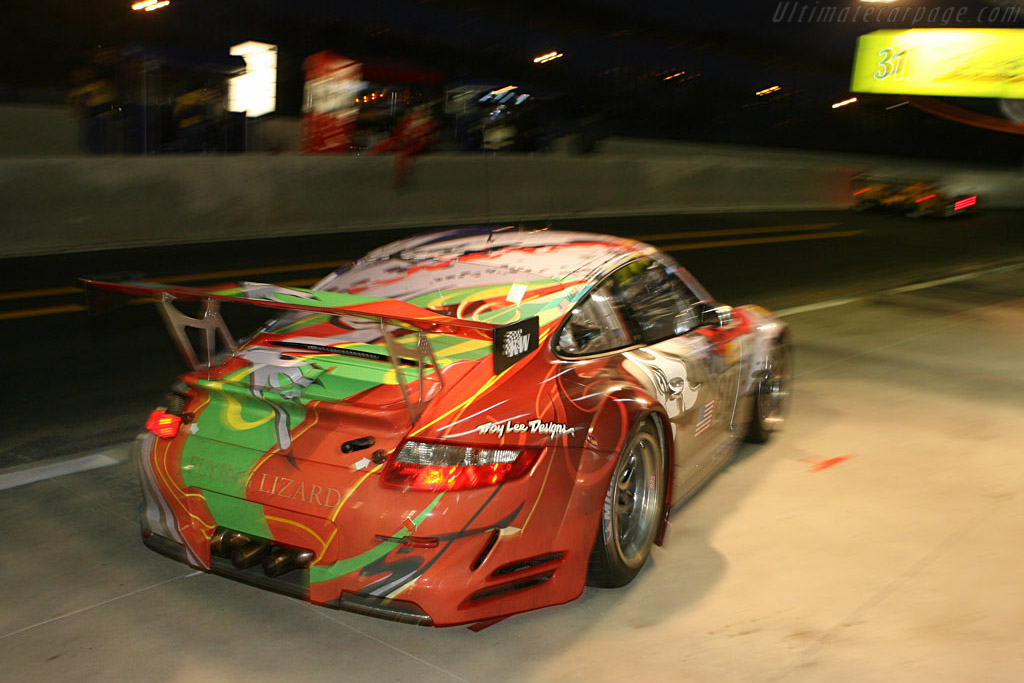 Porsche 997 GT3 RSR - Chassis: WP0ZZZ99Z7S799913 - Entrant: Flying Lizard Motorsport  - 2007 24 Hours of Le Mans