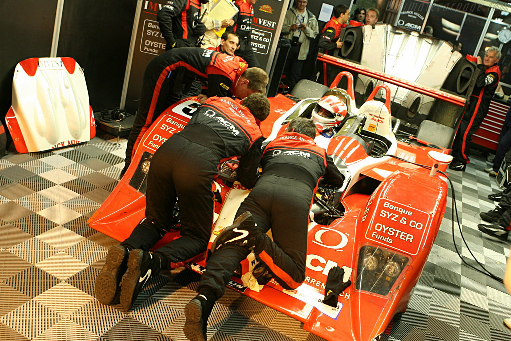 Repairs done in vain - Chassis: B0710-HU01 - Entrant: Swiss Spirit  - 2007 24 Hours of Le Mans