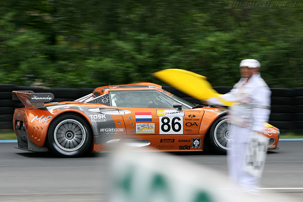 Spyker under the Safety Car - Chassis: XL9GB11H150363098 - Entrant: Spyker Squadron  - 2007 24 Hours of Le Mans