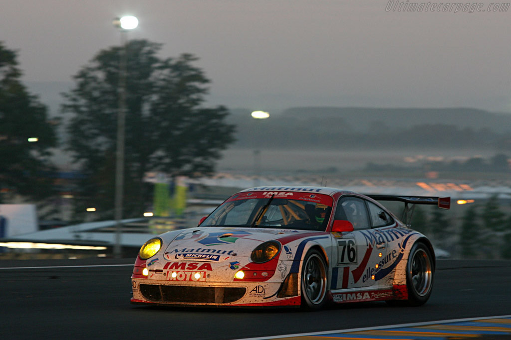 Sunrise - Chassis: WP0ZZZ99Z7S799923 - Entrant: IMSA Performance Matmut  - 2007 24 Hours of Le Mans