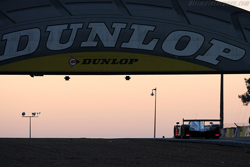 Sunrise - Chassis: 908-02 - Entrant: Team Peugeot Total  - 2007 24 Hours of Le Mans