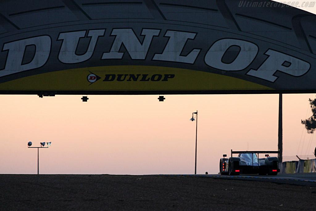 Sunrise - Chassis: 908-02 - Entrant: Team Peugeot Total  - 2007 24 Hours of Le Mans
