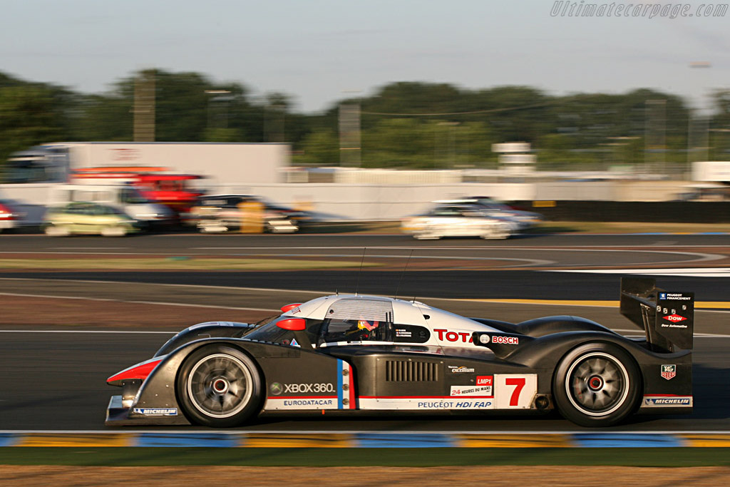 Villeneuve chasing Graham Hill's record - Chassis: 908-02 - Entrant: Team Peugeot Total  - 2007 24 Hours of Le Mans