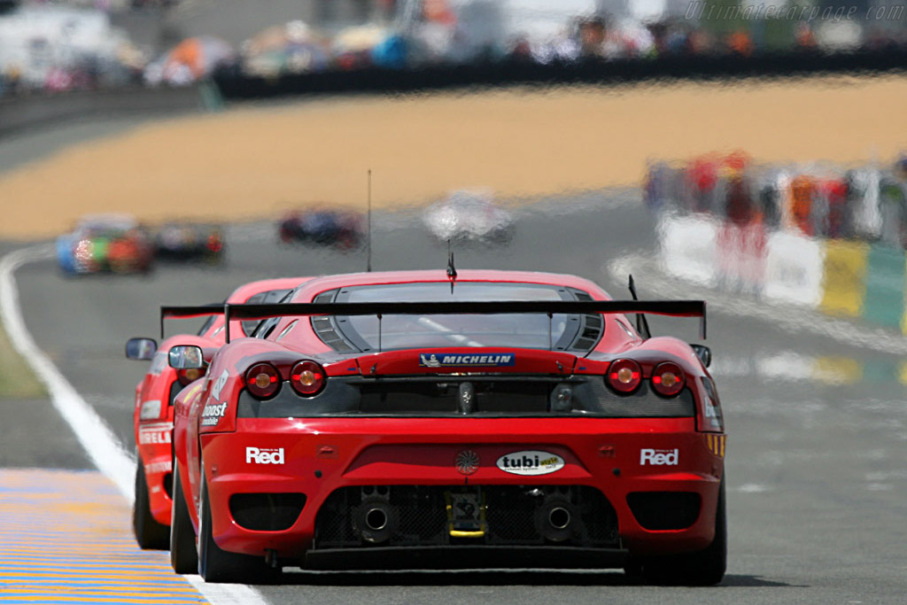 You can just make out the leading Porsches - Chassis: 2406 - Entrant: Risi Competizione  - 2007 24 Hours of Le Mans