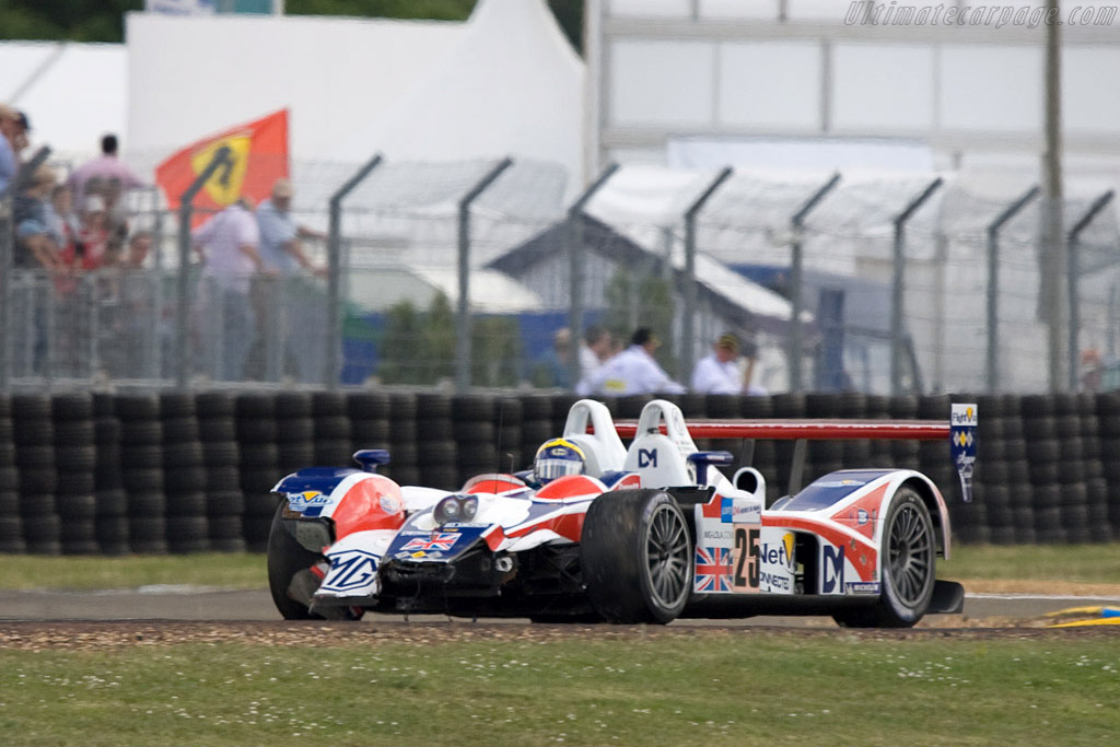 Early casualty - Chassis: B0540-HU05 - Entrant: RML - 2008 24 Hours of Le Mans