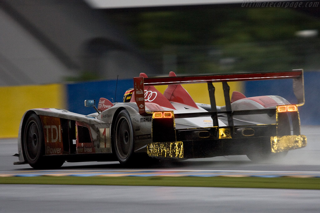 Frank Biela's final appearance ? - Chassis: 301 - Entrant: Dome Racing  - 2008 24 Hours of Le Mans