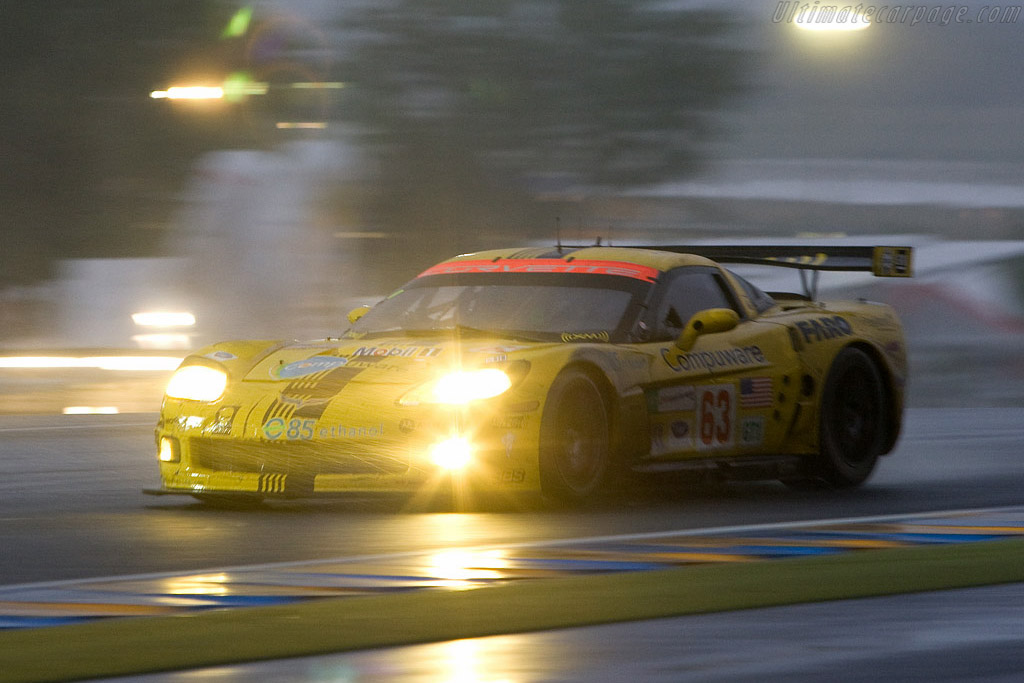 It was very wet - Chassis: 007 - Entrant: Corvette Racing  - 2008 24 Hours of Le Mans
