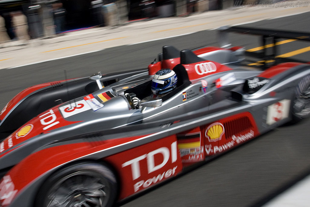 Lukas Luhr is fast even in the pitlane - Chassis: 302 - Entrant: Audi Sport Team Joest  - 2008 24 Hours of Le Mans