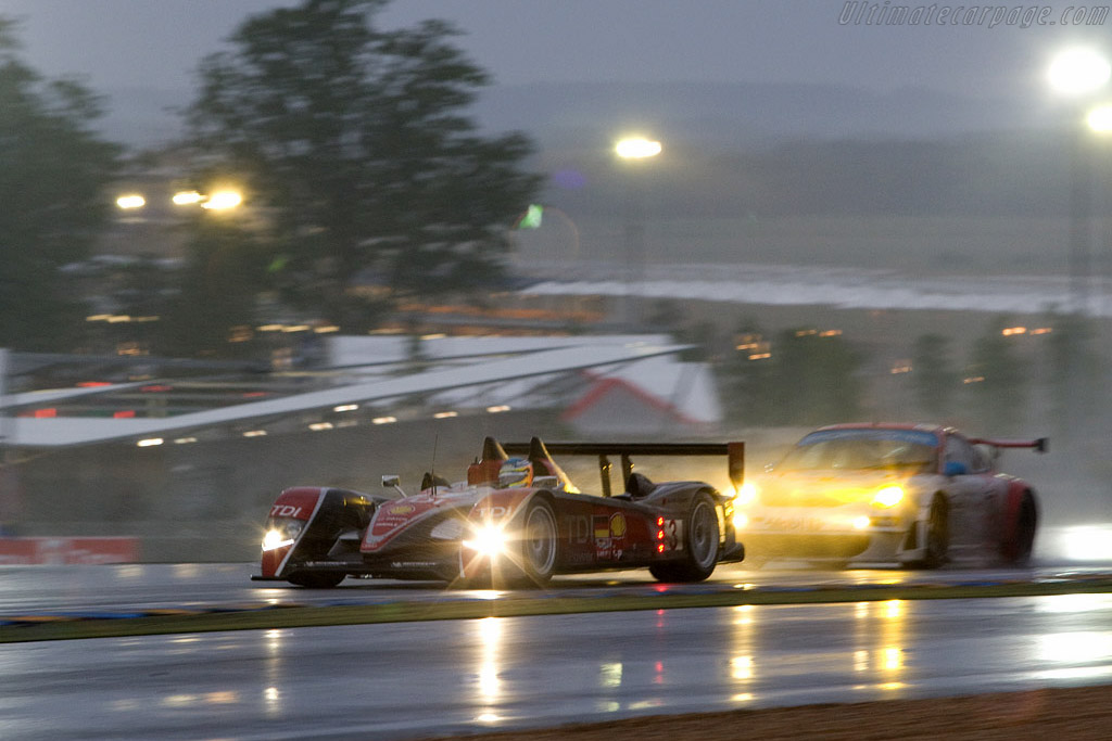 The Audi's excelled in these treacherous conditions - Chassis: 302 - Entrant: Audi Sport Team Joest  - 2008 24 Hours of Le Mans