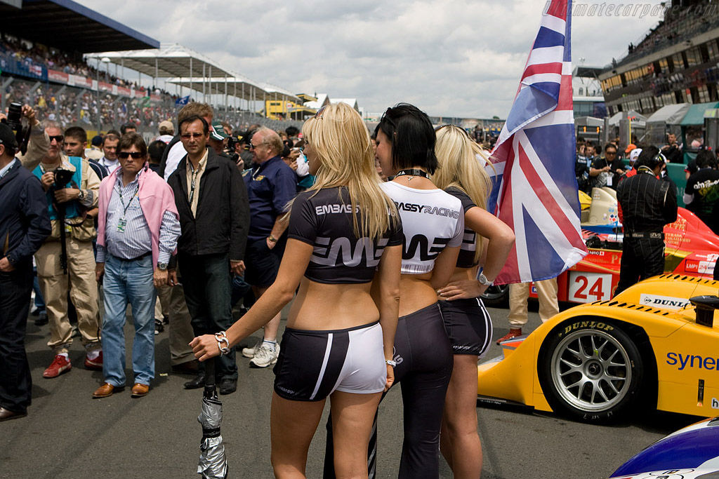 The embassy girls    - 2008 24 Hours of Le Mans