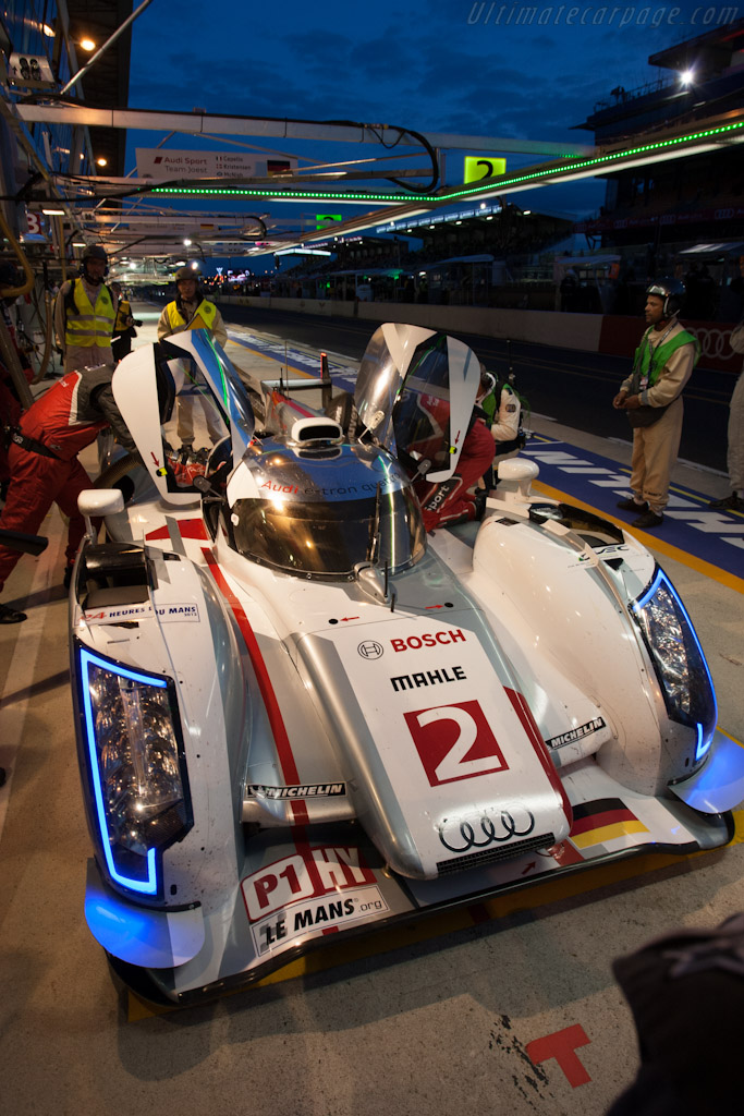 Audi R18 E Tron Quattro Chassis 206 2012 24 Hours Of