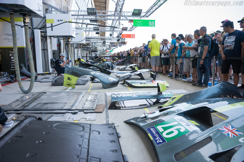 Aston Martin Racing    - 2017 24 Hours of Le Mans