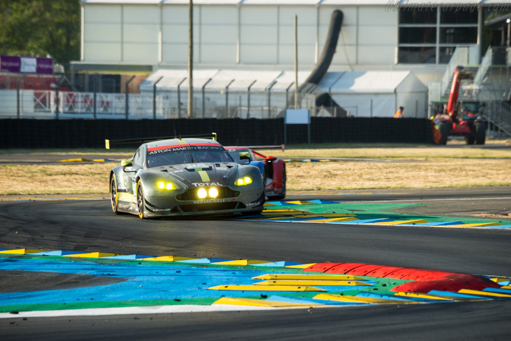 Aston Martin V8 Vantage GTE  - Entrant: Aston Martin Racing - Driver: Nicki Thim / Marco Sorensen / Riche Stanaway  - 2017 24 Hours of Le Mans