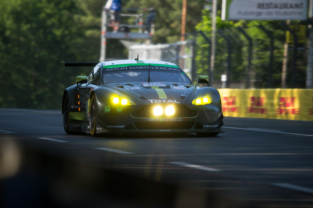 Aston Martin V8 Vantage GTE  - Entrant: Aston Martin Racing - Driver: Paul Dalla Lana / Pedro Lamy / Mathias Lauda  - 2017 24 Hours of Le Mans