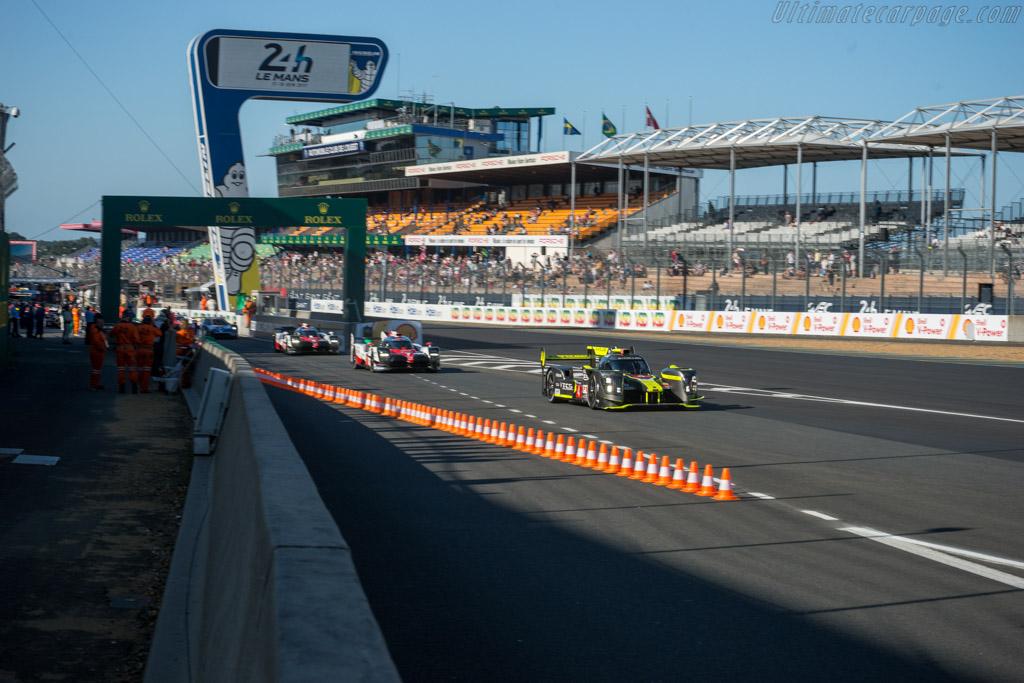 ENSO CLM P1/01 Nismo  - Entrant: ByKolles Racing Team - Driver: Oliver Webb / Dominik Kraihamer / Marco Bonanomi  - 2017 24 Hours of Le Mans