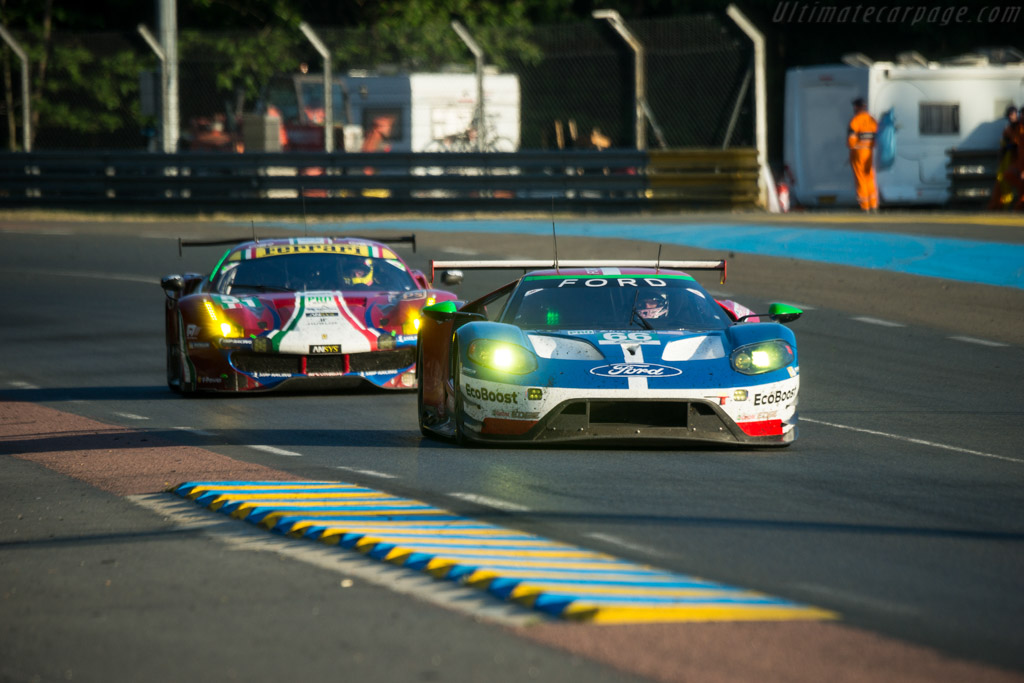 Ford GT  - Entrant: Ford Chip Ganassi Racing Team UK - Driver: Stefan Mucke / Olivier Pla / Billy Johnson  - 2017 24 Hours of Le Mans