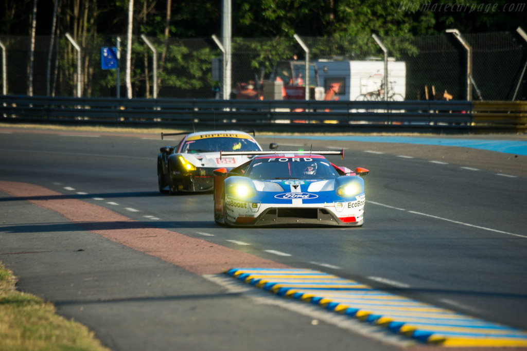 Ford GT  - Entrant: Ford Chip Ganassi Racing Team USA - Driver: Joey Hand / Dirk Muller / Tony Kanaan - 2017 24 Hours of Le Mans