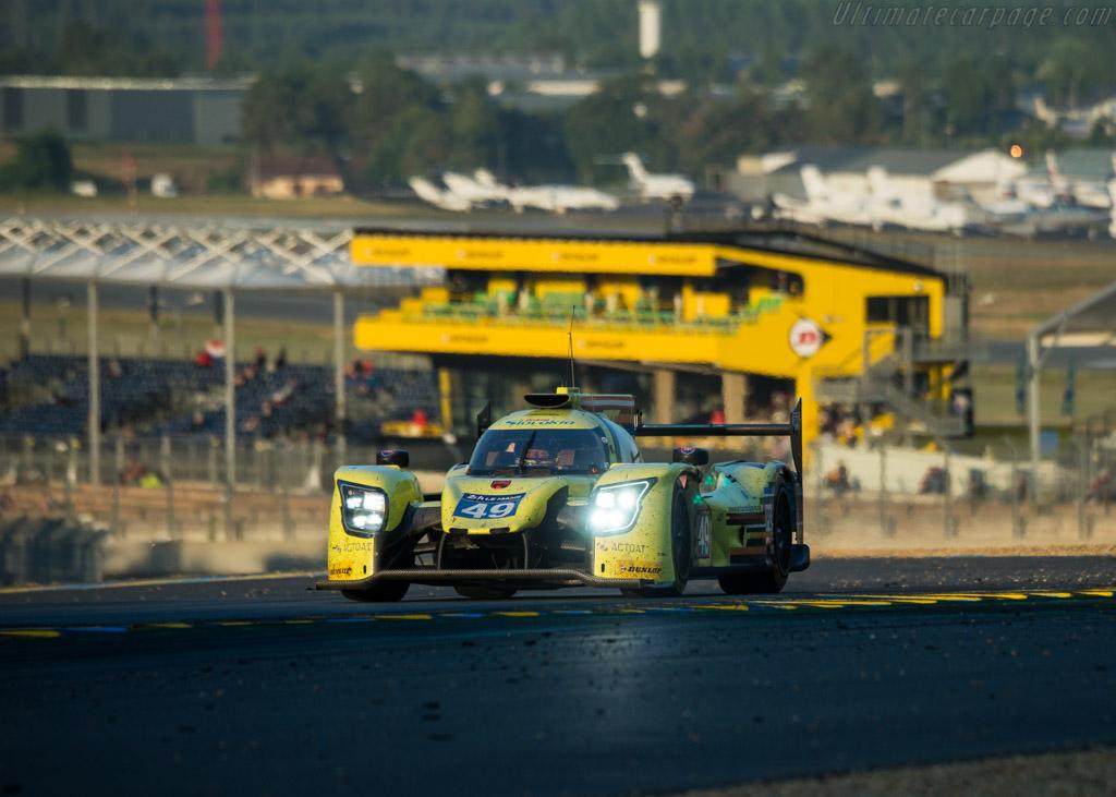 Ligier JSP217 Gibson  - Entrant: ARC Bratislava - Driver: Miroslav Konopka / Konstantins Calko / Rik Breukers  - 2017 24 Hours of Le Mans