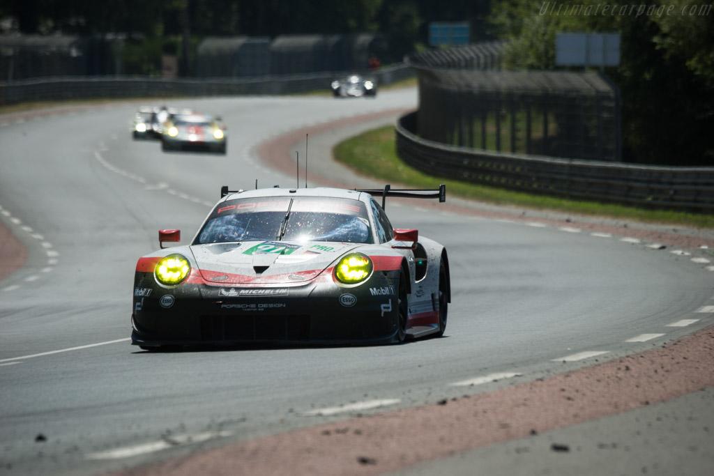 Porsche 911 RSR  - Entrant: Porsche GT Team - Driver: Richard Lietz / Frederic Makowiecki / Patrick Pilet  - 2017 24 Hours of Le Mans