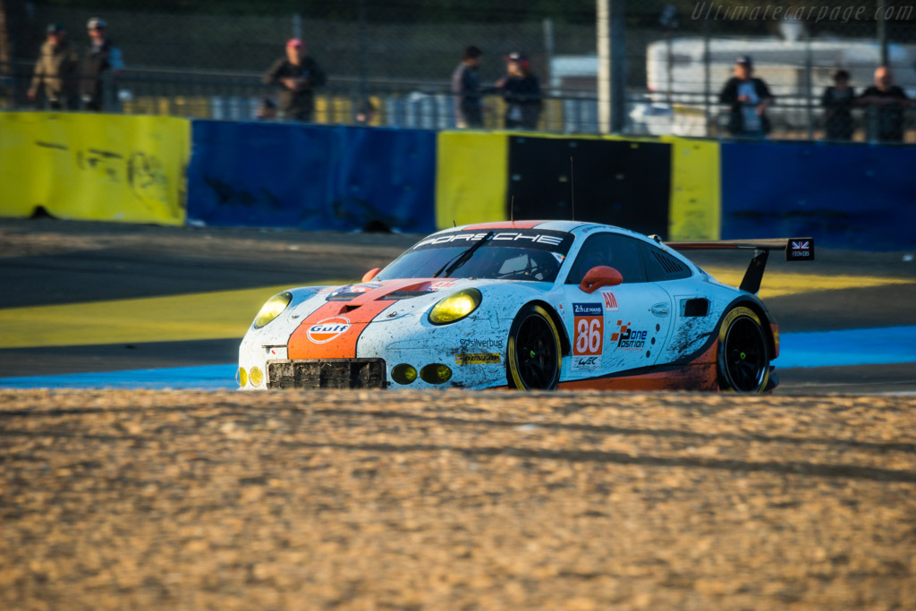 Porsche 911 RSR  - Entrant: Gulf Racing - Driver: Michael Wainwright / Benjamin Barker / Nicholas Foster  - 2017 24 Hours of Le Mans