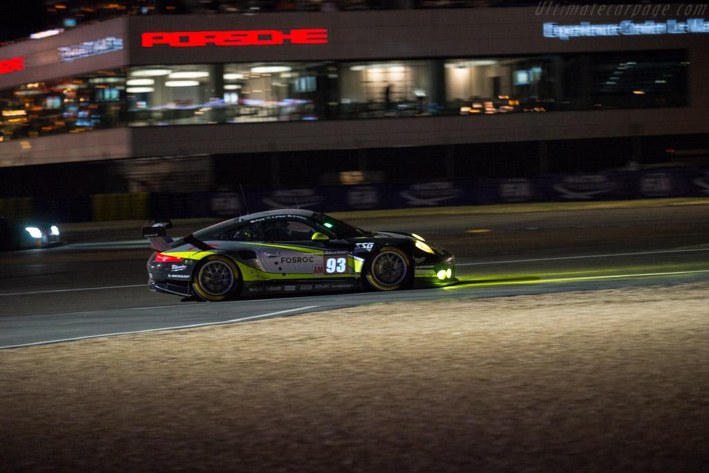 Porsche 911 RSR  - Entrant: Proton Competition - Driver: Patrick Long / Abdulaziz Turki Al Faisal / Michael Hedlund - 2017 24 Hours of Le Mans