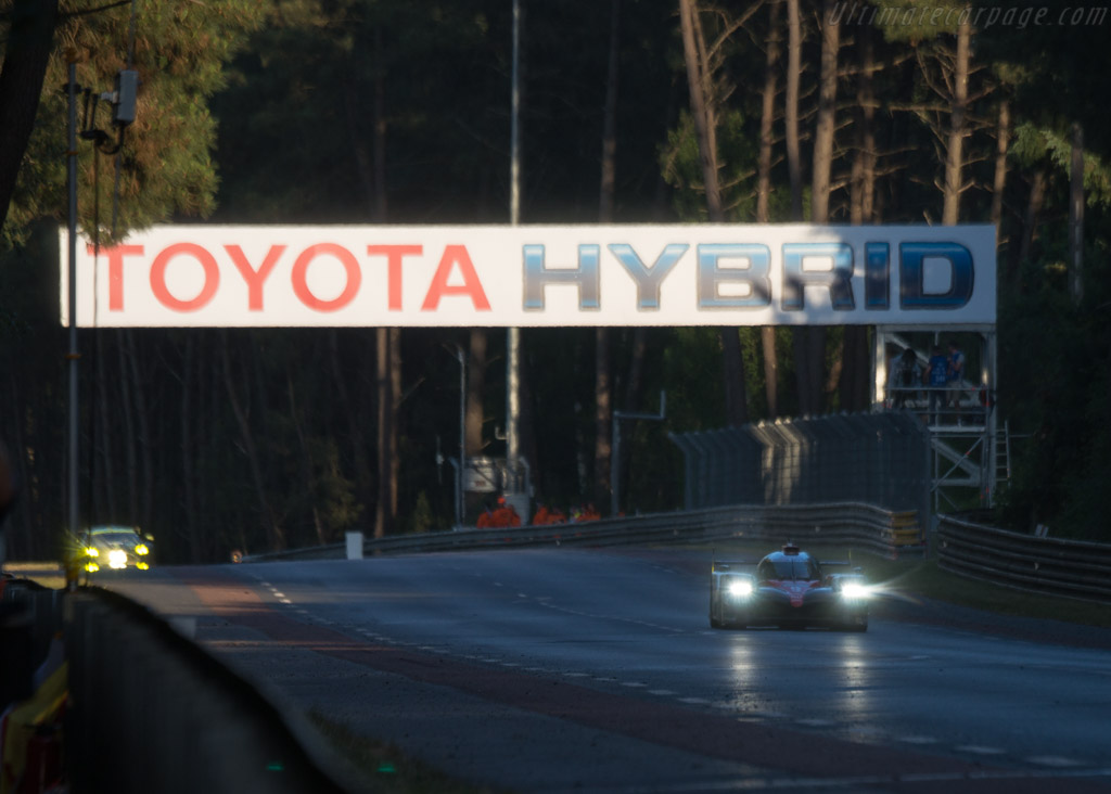 Toyota TS050  - Entrant: Toyota Gazoo Racing - Driver: Nicolas Lapierre / Yuji Kunimoto / Jose Maria Lopez  - 2017 24 Hours of Le Mans
