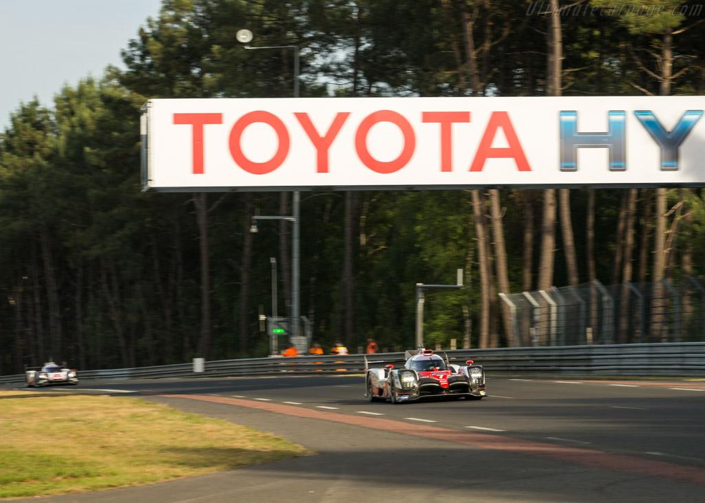 Toyota TS050  - Entrant: Toyota Gazoo Racing - Driver: Mike Conway / Kamui Kobayashi / Stephane Sarrazin  - 2017 24 Hours of Le Mans