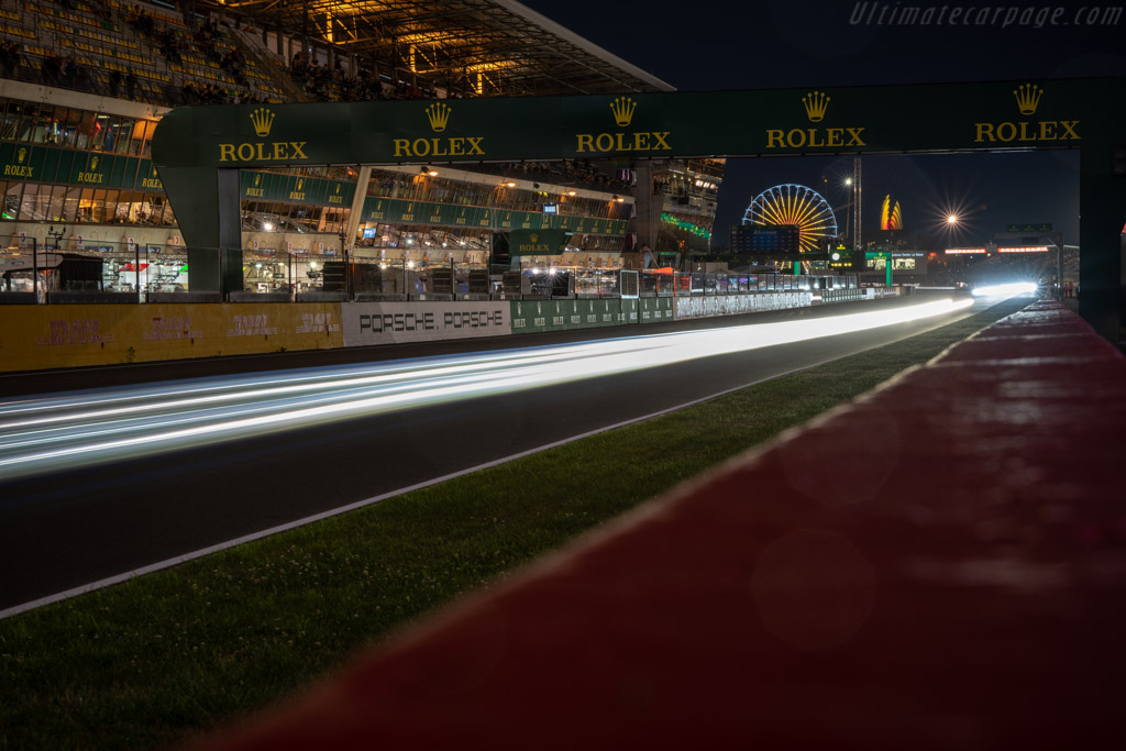 Down the straight    - 2018 24 Hours of Le Mans