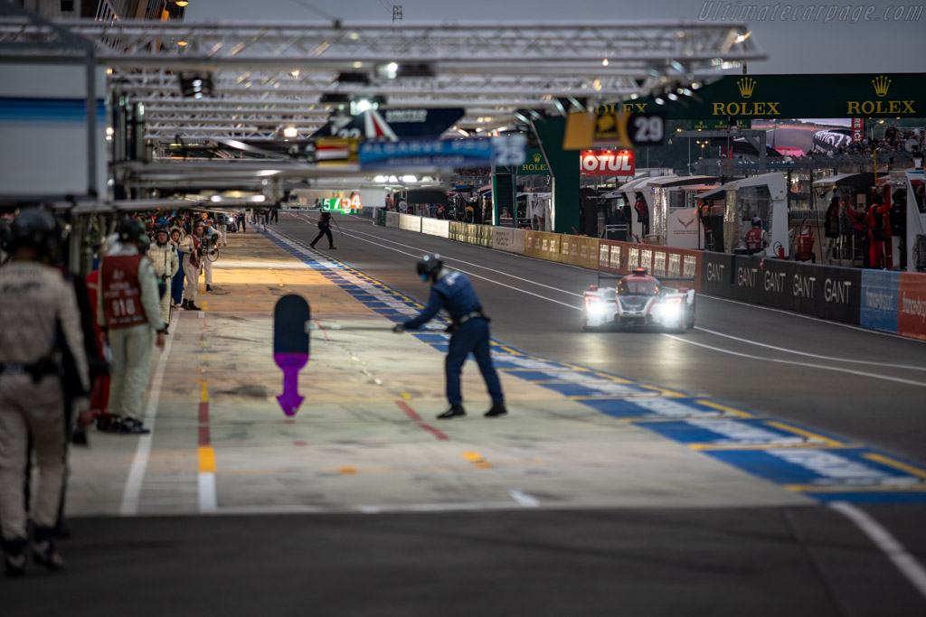 In the pitlane    - 2018 24 Hours of Le Mans