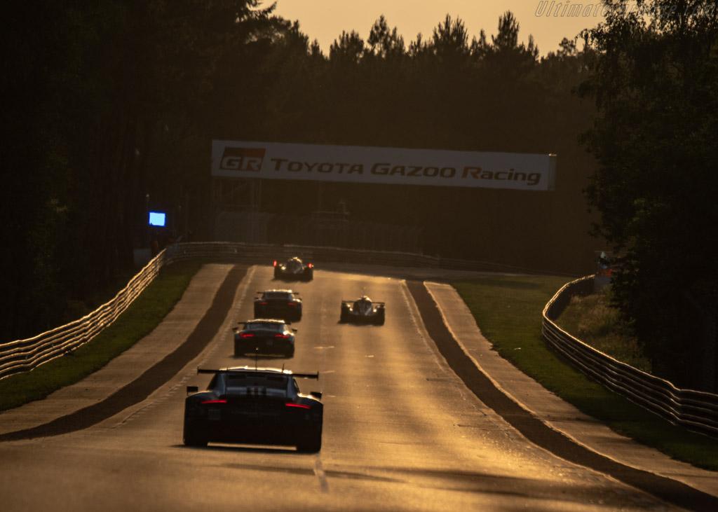 Porsche 911 RSR  - Entrant: Porsche GT Team - Driver: Richard Lietz / Gianmaria Bruni / Frédéric Makowiecki  - 2018 24 Hours of Le Mans