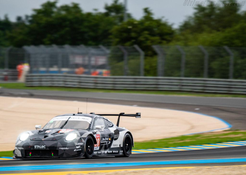 Porsche 911 RSR  - Entrant: Dempsey - Proton Racing - Driver: Matteo Cairoli / Khaled Al Qubaisi / Giorgio Roda  - 2018 24 Hours of Le Mans