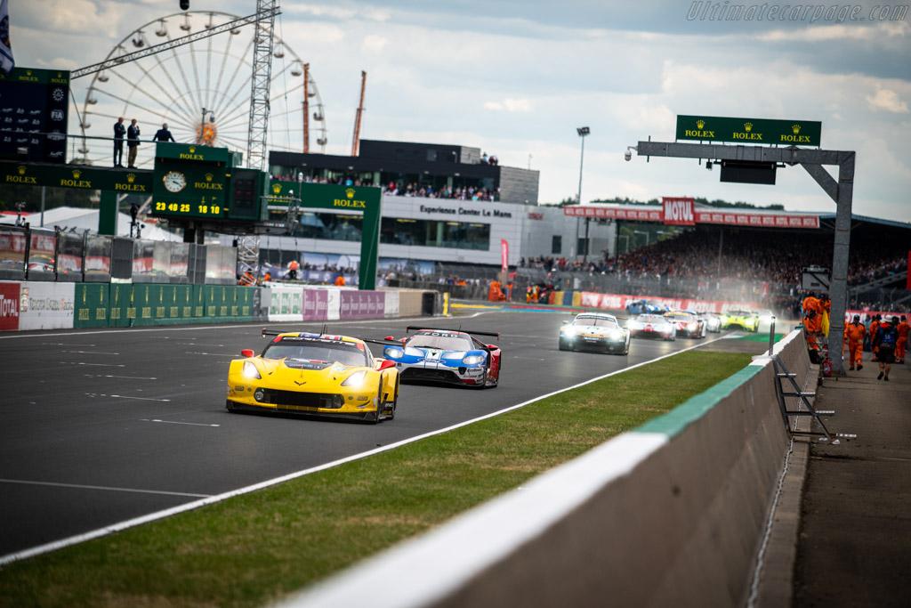 Chevrolet Corvette C7.R - Chassis: C7RGT-006 - Entrant: Corvette Racing - Driver: Oliver Gavin / Tommy Milner / Marcel Fässler - 2019 24 Hours of Le Mans