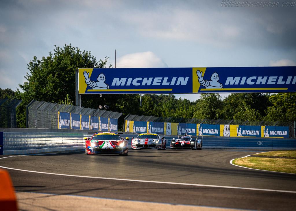 Ferrari 488 GTE - Chassis: 3824 - Entrant: AF Corse - Driver: Davide Rigon / Sam Bird / Miguel Molina - 2019 24 Hours of Le Mans