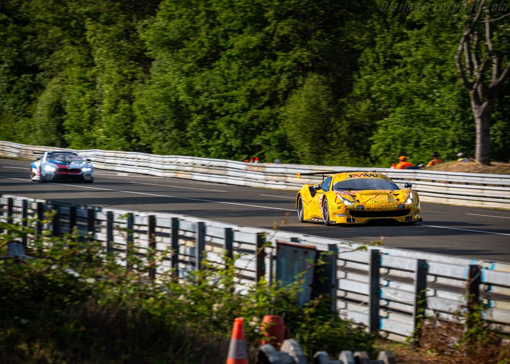 Ferrari 488 GTE - Chassis: 4404 - Entrant: JMW Motorsport - Driver: Jeffrey Segal / Rodrigo Baptista / Wei Lu - 2019 24 Hours of Le Mans