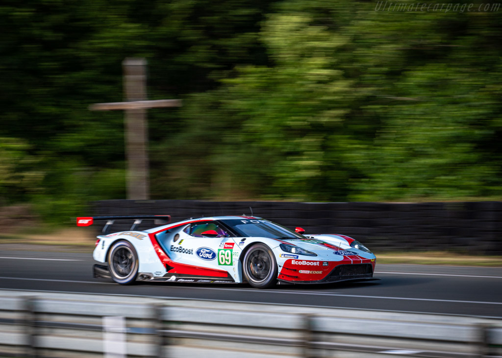 Ford GT  - Entrant: Ford Chip Ganassi Team USA - Driver: Ryan Briscoe / Richard Westbrook / Scott Dixon  - 2019 24 Hours of Le Mans