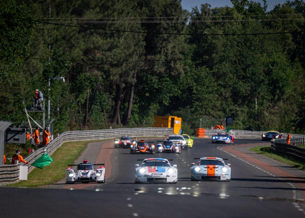 Porsche 911 RSR - Chassis: WP0ZZZ99ZHS199902 - Entrant: Porsche GT Team - Driver: Sven Müller / Mathieu Jaminet / Dennis Olsen - 2019 24 Hours of Le Mans