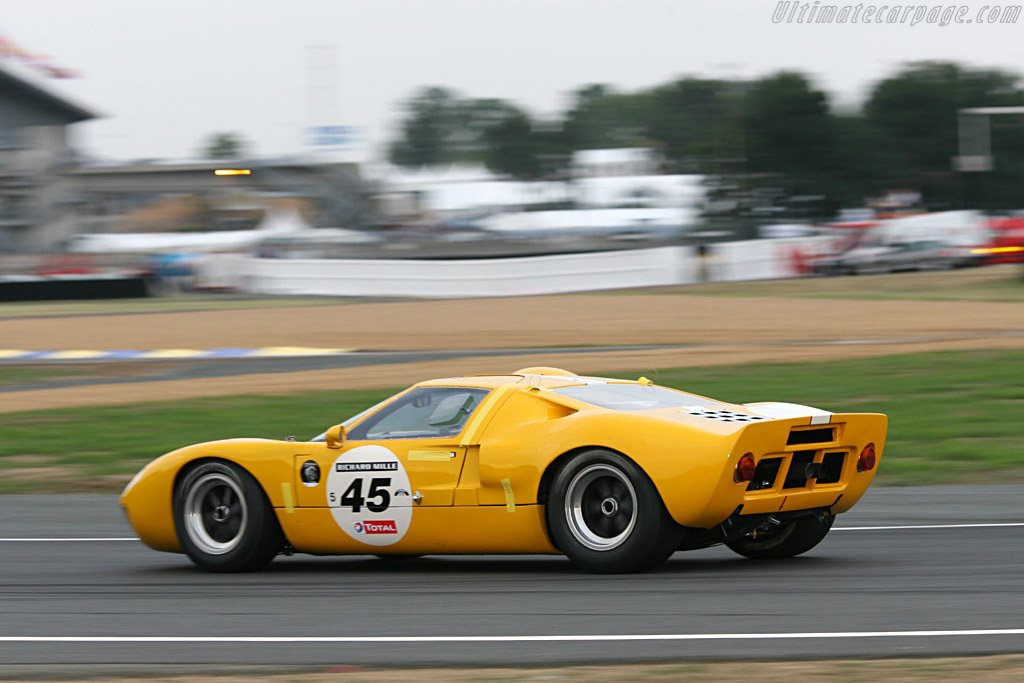 Ford GT40 - Chassis: GT40P/1077   - 2006 Le Mans Classic