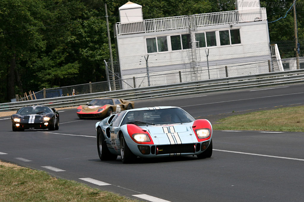 Ford GT40 Mk II (2-1-3 Le Mans 1966) - Chassis: GT40P/1015   - 2006 Le Mans Classic
