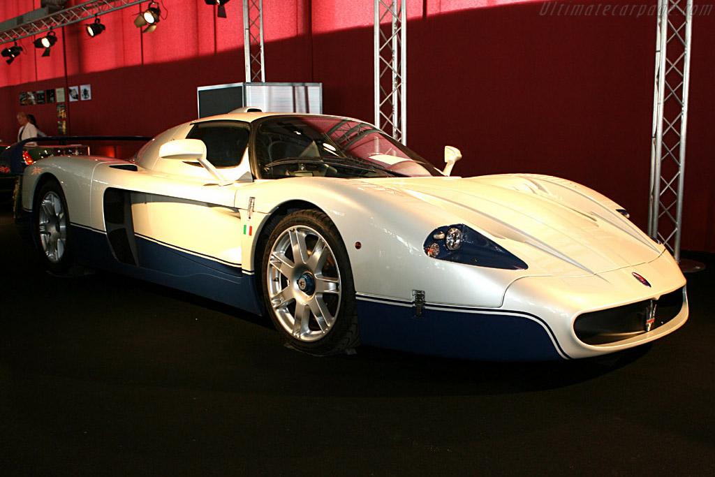 Maserati MC12 - Chassis: ZAMDF44B000016272   - 2006 Le Mans Classic