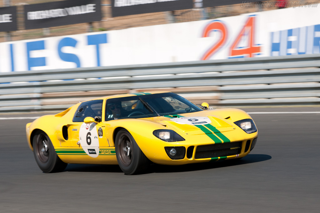 Ford GT40 - Chassis: GT40P/1027   - 2010 Le Mans Classic