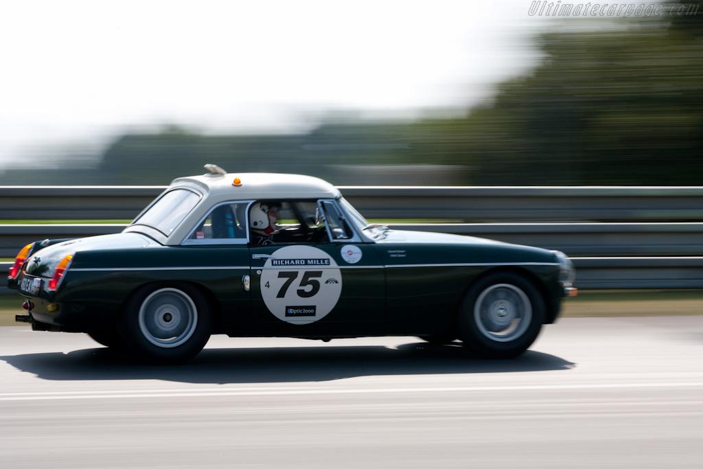 MG B    - 2010 Le Mans Classic