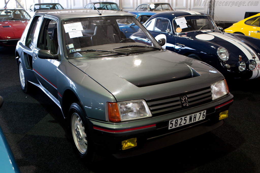 Peugeot 205 Turbo 16 - Chassis: VF3741R76E5100184   - 2010 Le Mans Classic
