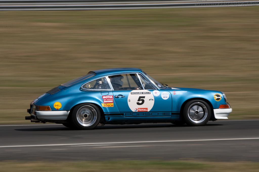 Porsche Classic Le Mans Car