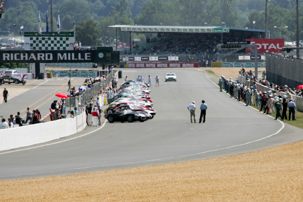 Running start    - 2010 Le Mans Classic