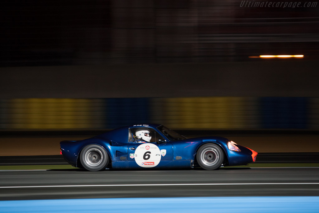 Chevron B8 - Chassis: CH-DBE-57   - 2012 Le Mans Classic