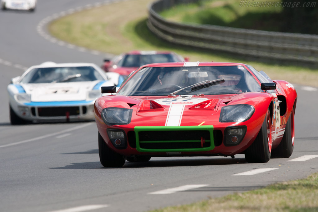 Ford GT40    - 2012 Le Mans Classic
