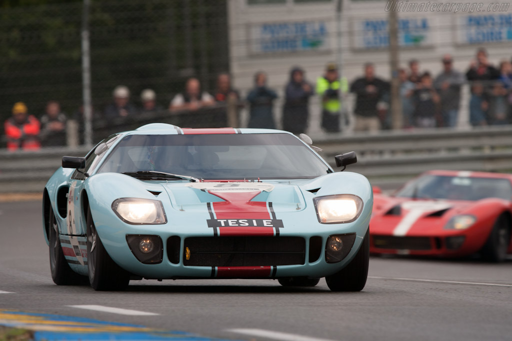 Ford GT40 - Chassis: GT40P/1025   - 2012 Le Mans Classic