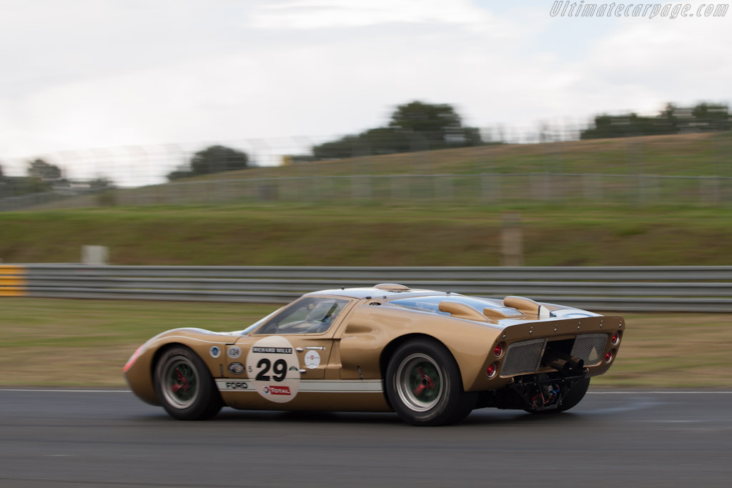 Ford GT40 Mk II - Chassis: GT40P/1016   - 2012 Le Mans Classic
