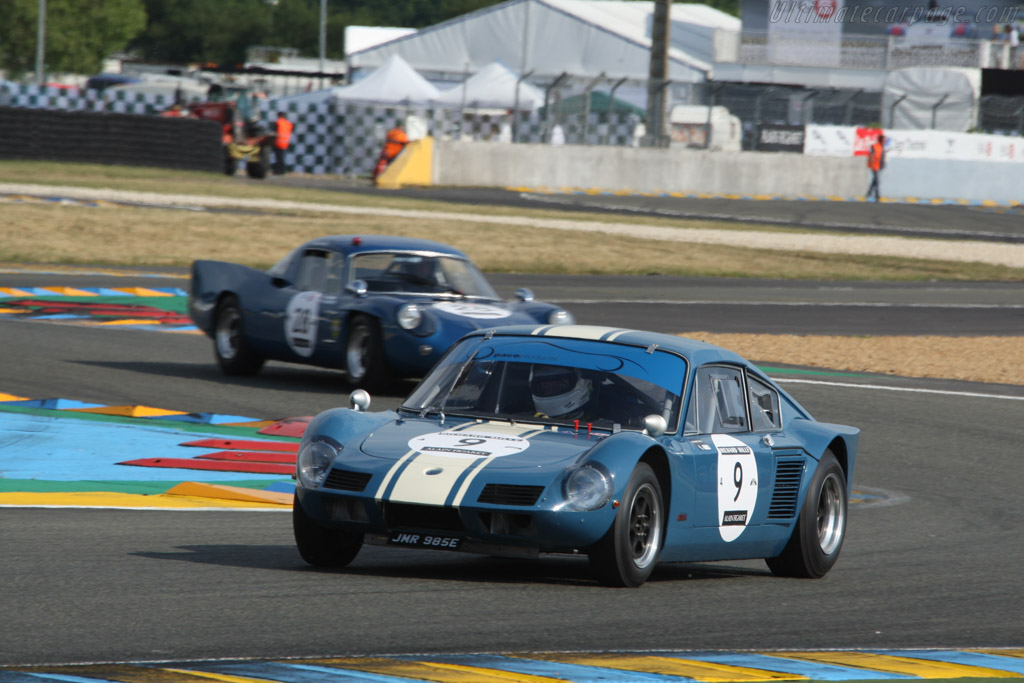 Elva GT 160 - Chassis: 160GT/7S/3 - Driver: Gareth Burnett / Richard Evans / Michael Birch  - 2014 Le Mans Classic