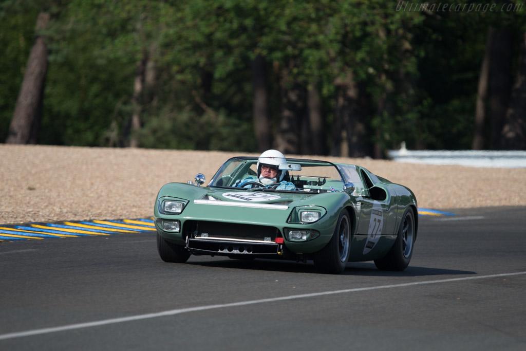 Ford GT Roadster - Chassis: GT/111 - Driver: Rui Silva / Joao Silva  - 2014 Le Mans Classic